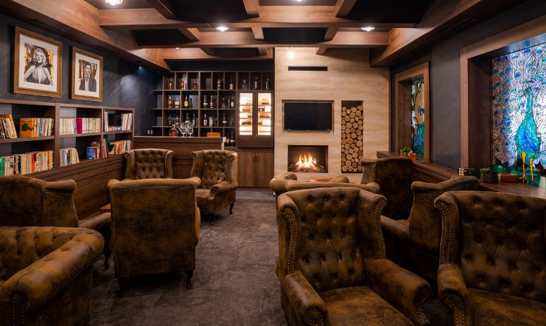 Lounge & cigar bar - photo 1