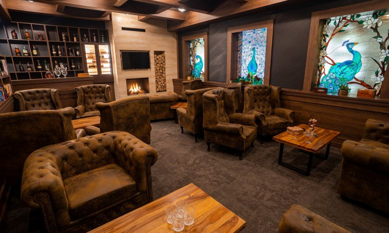 Lounge & cigar bar - photo 3